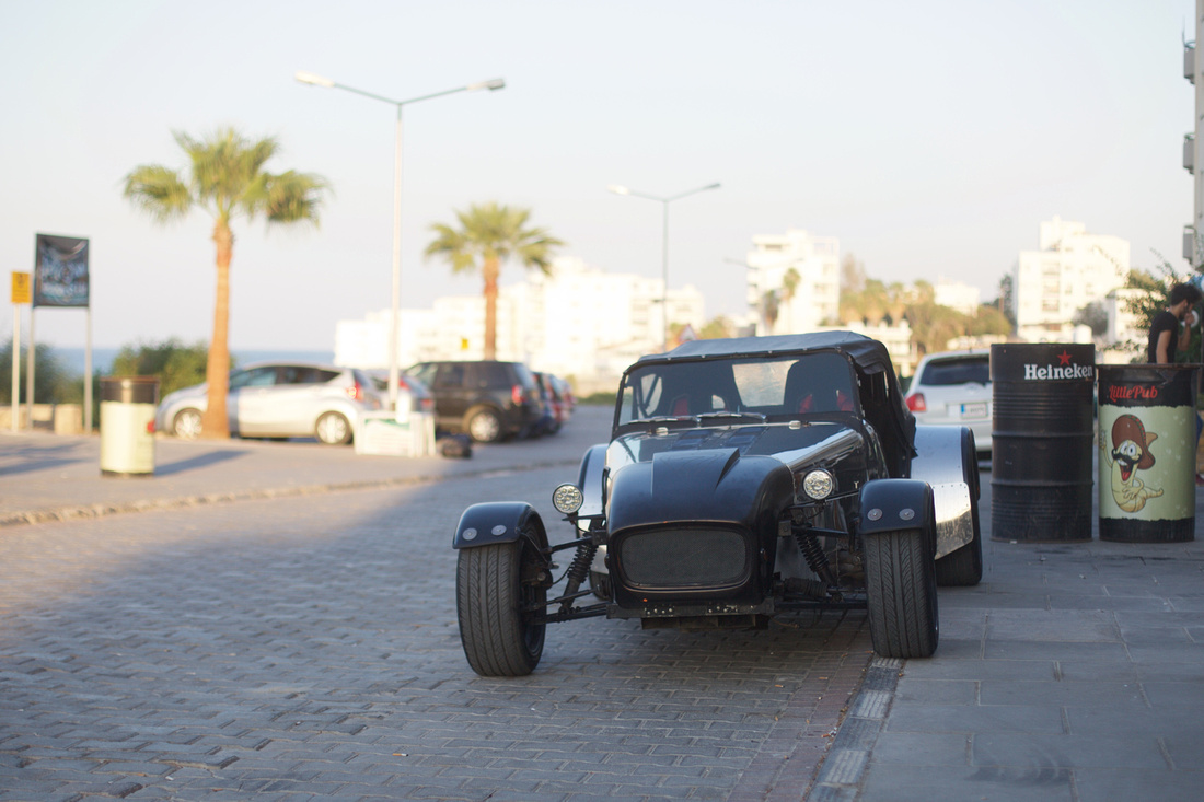 A two Seater Morgan, parked outside the new Queen Bar.